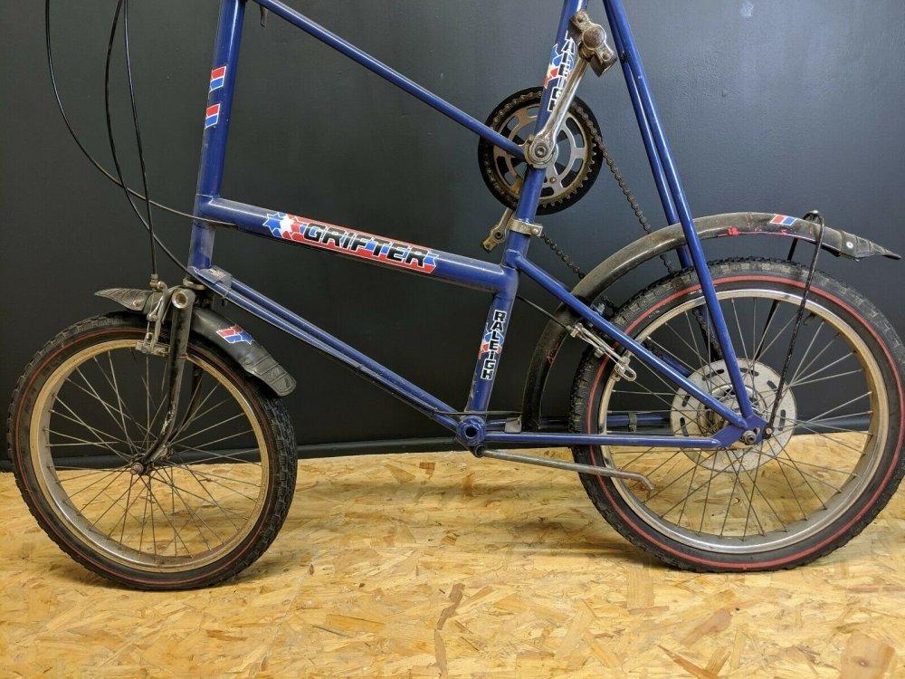 Bike02.thumb.jpg.87e3610e0005180f9aad81d96e97edee.jpg